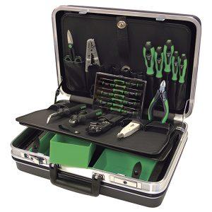 Наборы инструментов для электромонтажа